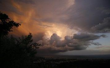 Οδηγίες Αυτοπροστασία Πλημμύρες Βροχές Έκτακτο Δελτίο Καιρού Κρέοντας