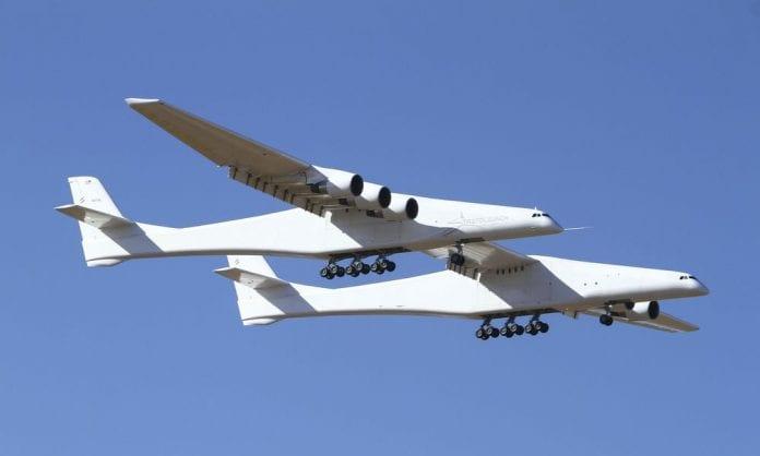Το μεγαλύτερο αεροσκάφος στην παρθενική του πτήση