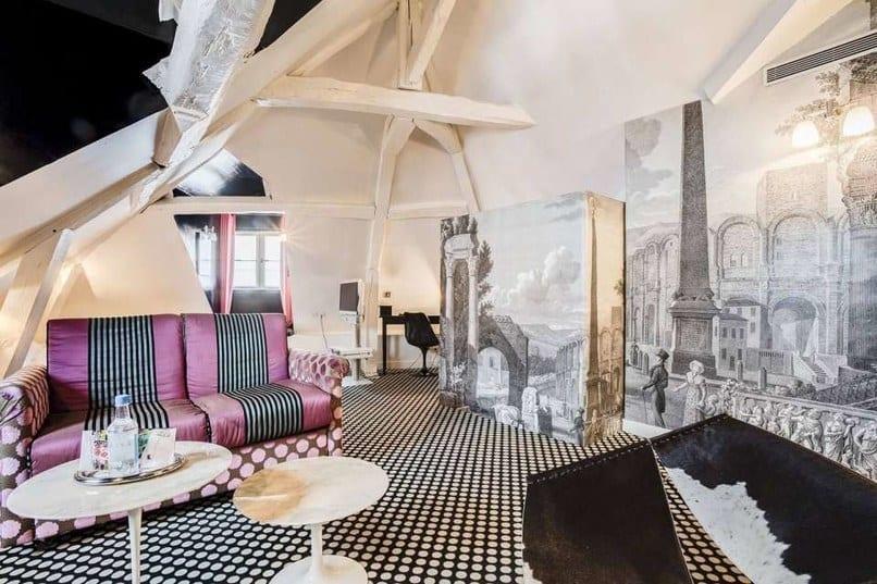 Ξενοδοχείο οίκου μόδας le petit moulin