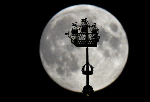 Σελήνη πανσέληνος