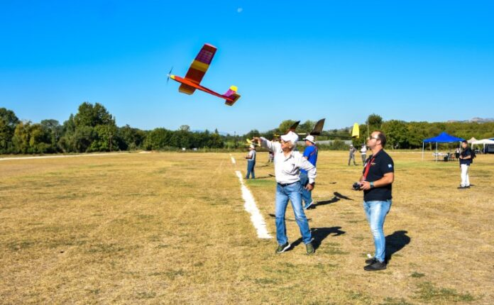 Σέρρες - Πανελλήνιοι αγώνες Αερομοντελισμού serrespost.gr