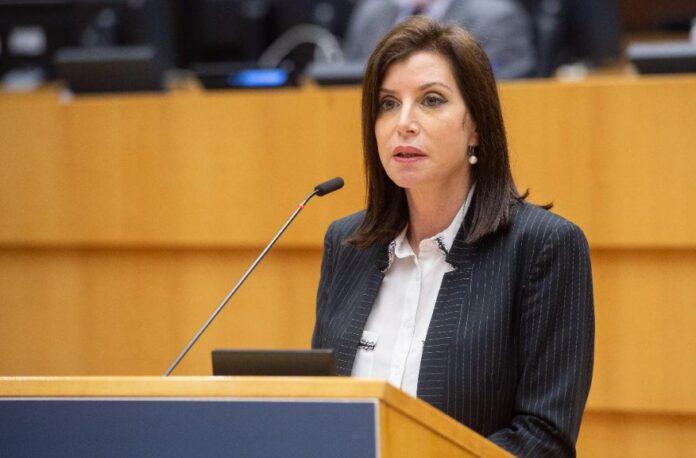 Άννα Μισέλ Ασημακοπούλου - Ευρωπαϊκό Λαϊκό serrespost.gr Άννα Μισέλ Ασημακοπούλου για τους παράνομους serrespost.gr